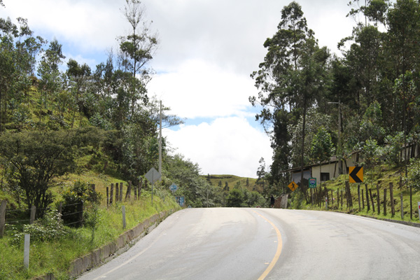 The lowest point on the road (pass) from Loja to Malacatos