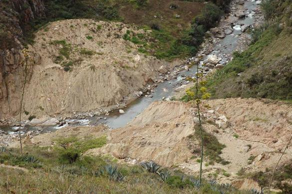 Primary succession after a landslide, Moyan watershed, Lambayeque, Peru.