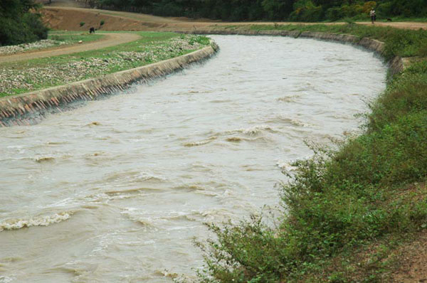 Canal operating at near critical flow