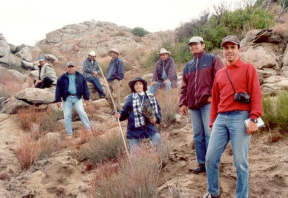 The field research team: Ranch hand, Raul Venegas, ranch hand, Shetty, Alicia Venegas, rancher Casillas, Walter Zúñiga, and Sergio Barocio