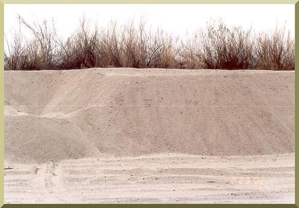 Sand mining in El Barbon Wash near Real del Castillo, Baja California
