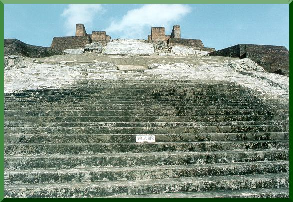 Closeup of main pyramid at Comalcalco